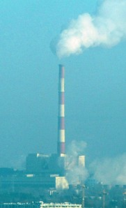 Tall chimneys do not entail no air pollution. Photo: Å. Bjørke
