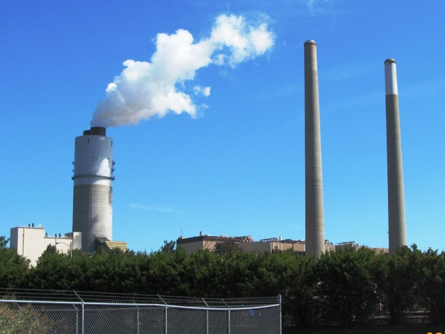 Polluting power plant in Balltimore (photo: Å. Bjørke)